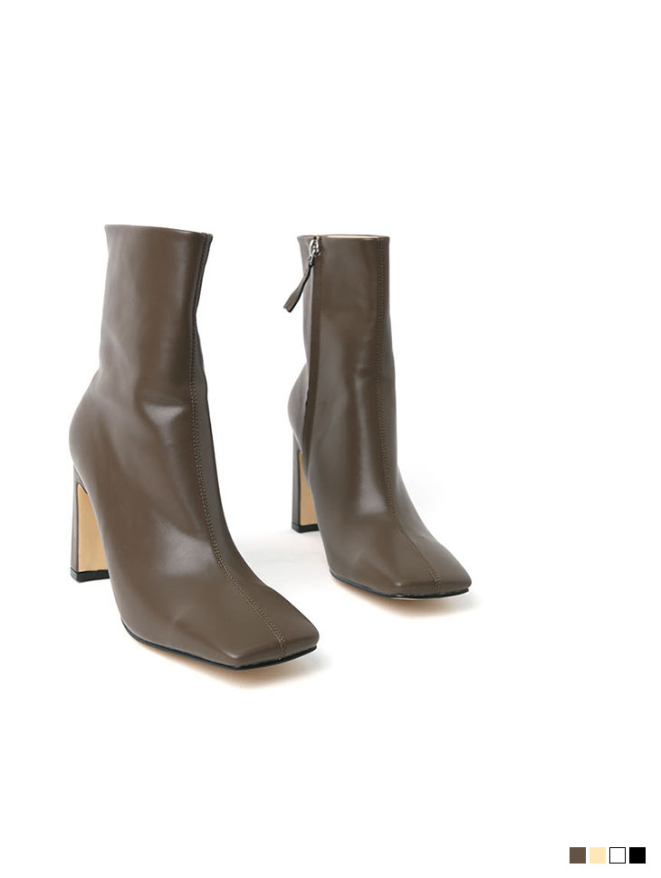 AR-2539 square ankle boots heels