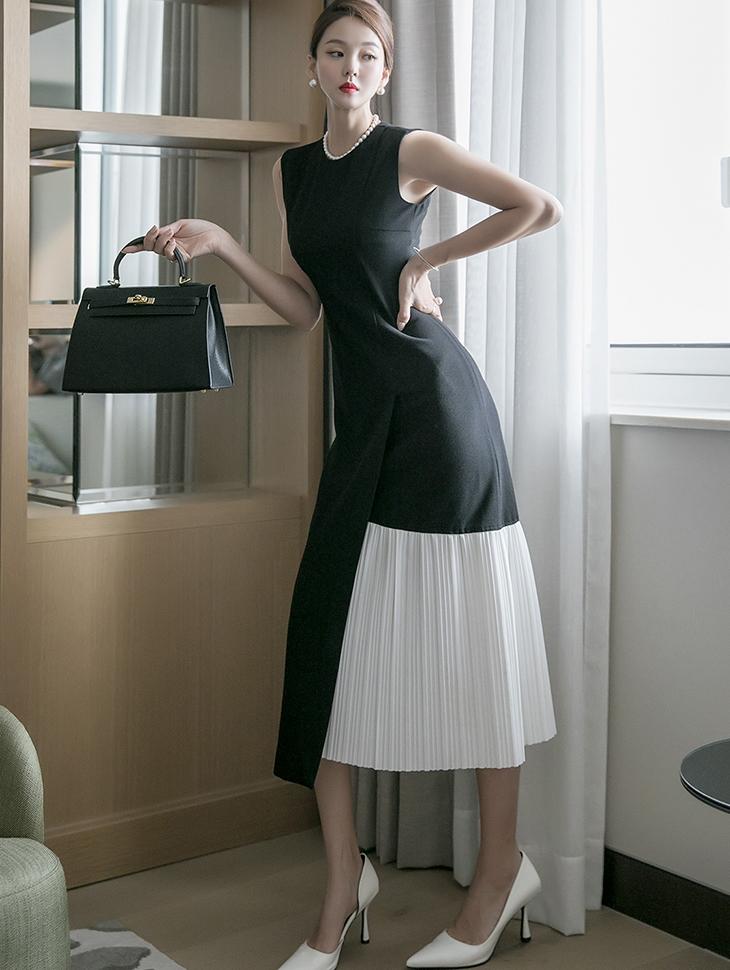 D4107 pleats Arrangement of colors Sleeveless Dress *L size production*