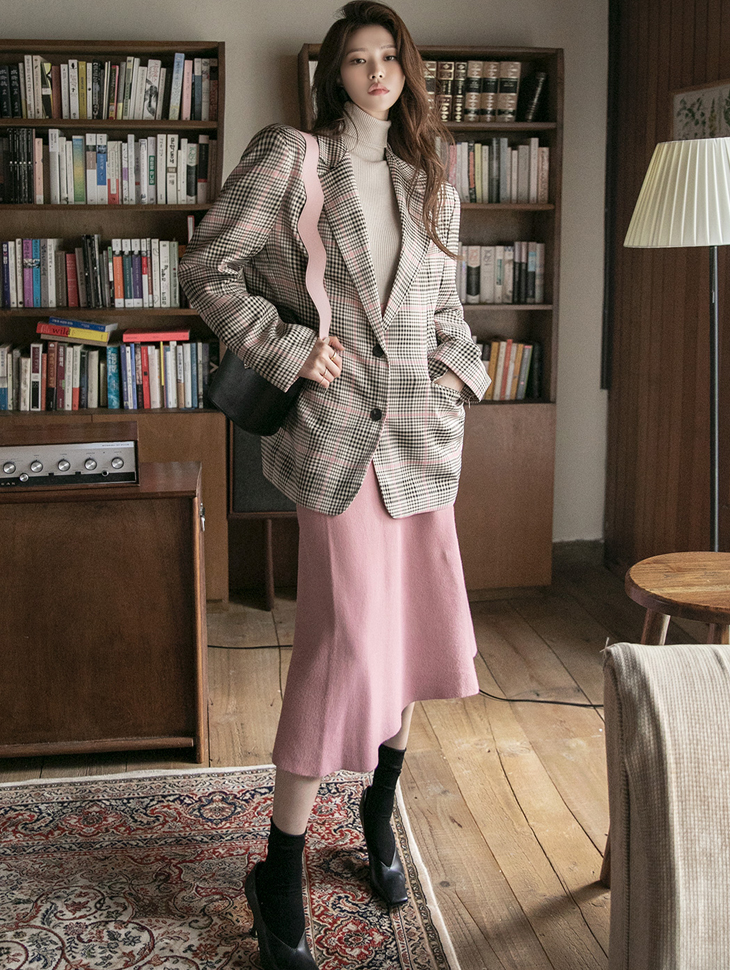 J1053 Check Pattern over fit Pad Jacket